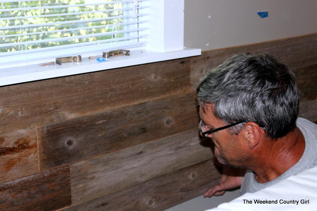 Reclaimed Wood Wall IMG 3439 3441 3444