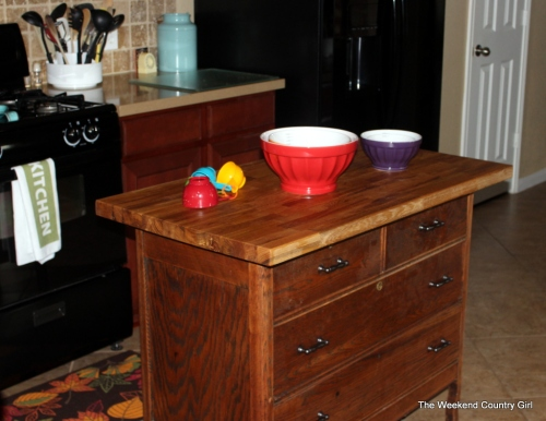 dresser for baking station
