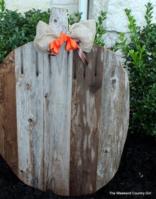 reclaimed wood pumpkin