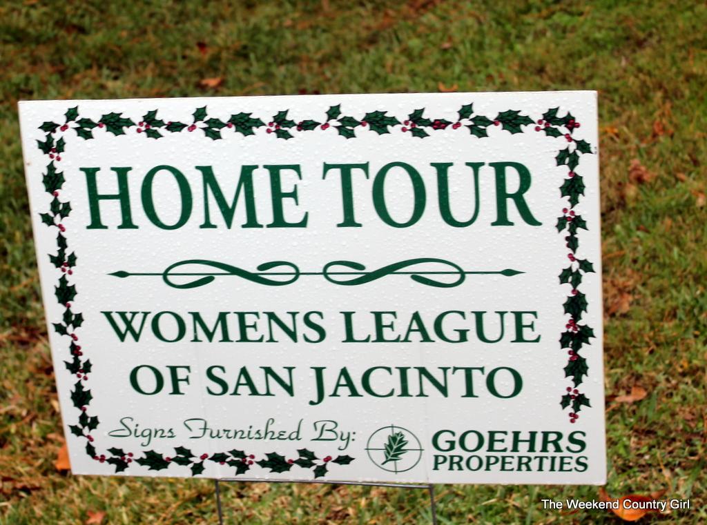 Home tour sign