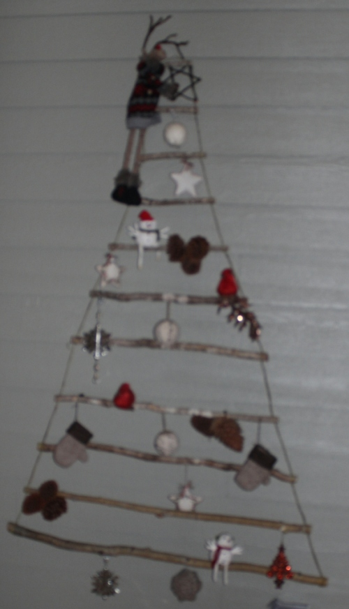 stick and wire christmas tree