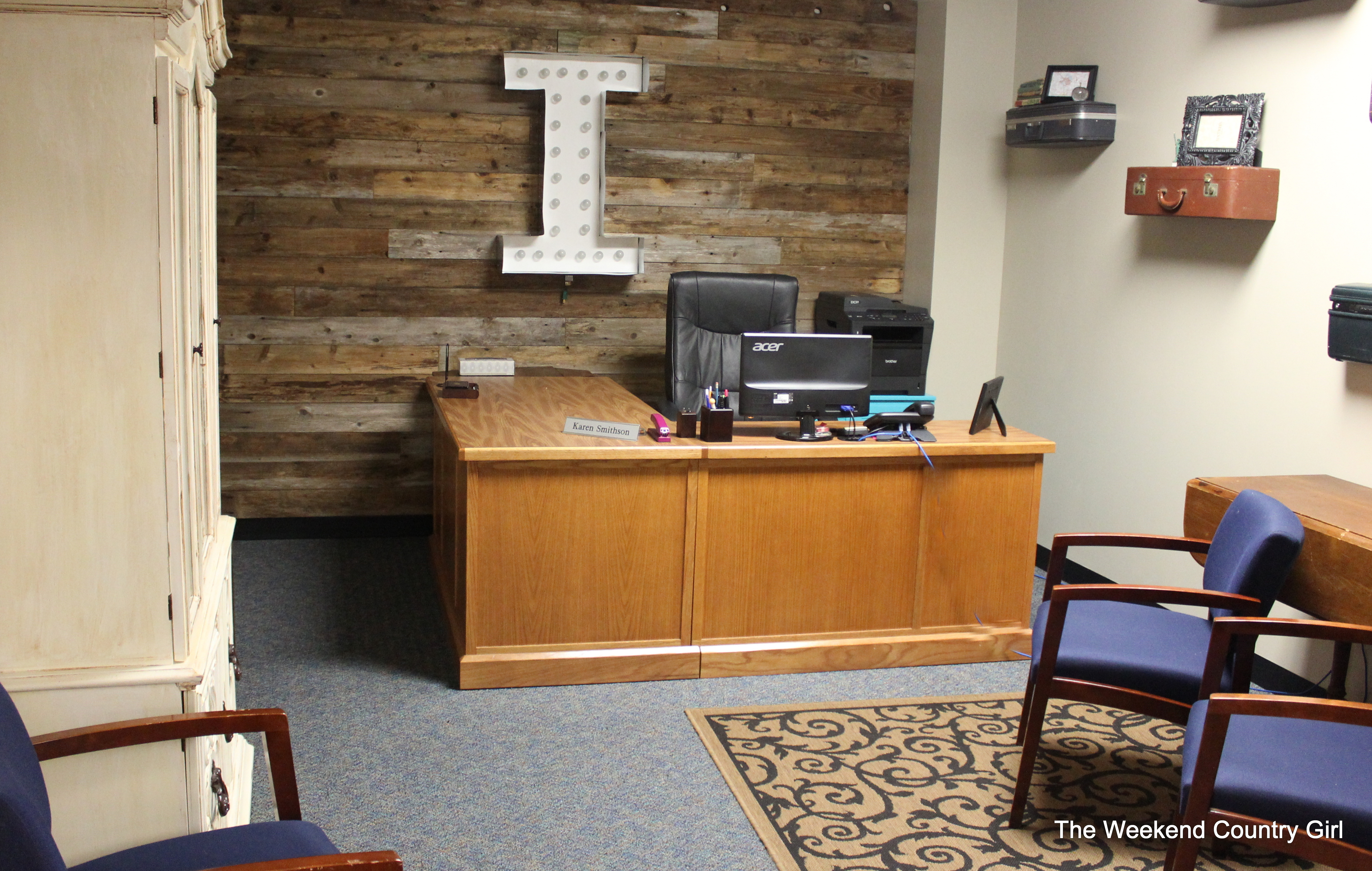Finished office makeover Den Office Makeover The Weekend Country Girl Eclectic Office Makeover Revealed The Weekend Country Girl