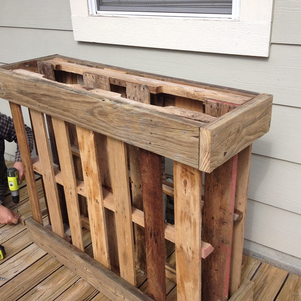 Pallet Buffet Table The Weekend Country Girl