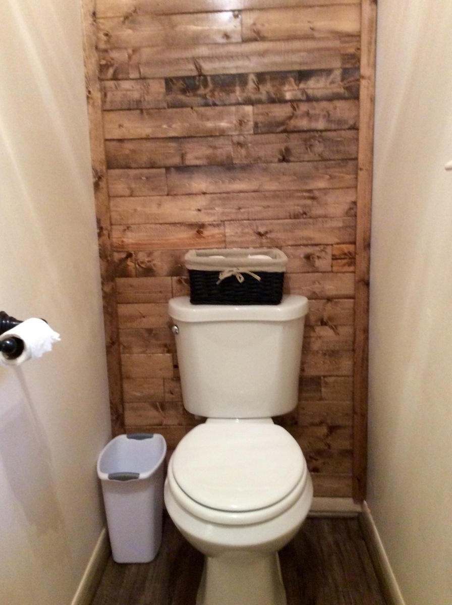 Scrap Wood Accent Wall | The Weekend Country Girl